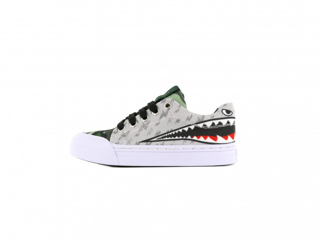 Go Bananas sneakers Sharkattack