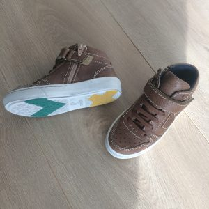What's on mama's mind shoesme sneakers